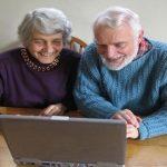 El municipio de Sada imparte clases de informática para la tercera edad