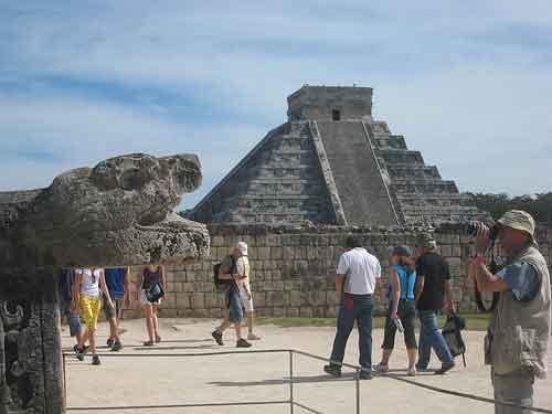 Turismo más barato para la tercera edad de México